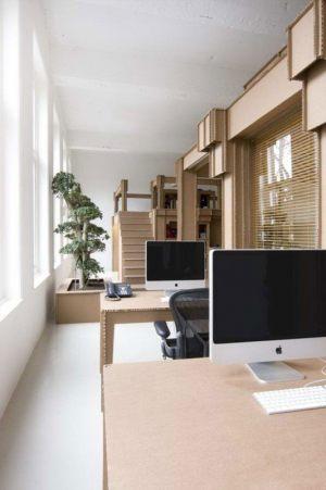 Рабочий кабинет из картона